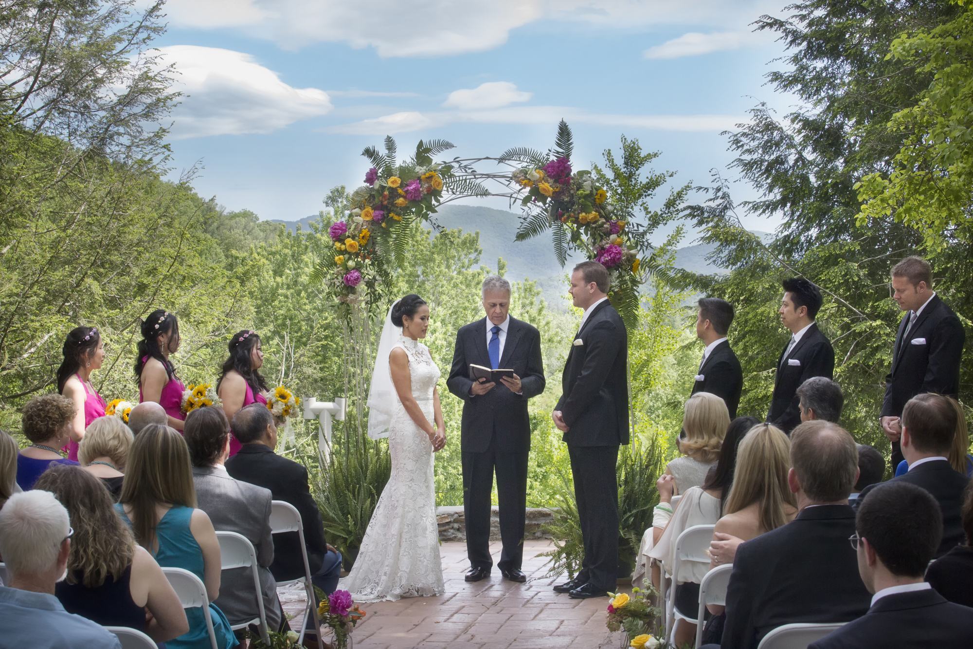 Bull creek ranch outdoor wedding and event venue for Wedding venues in asheville nc